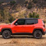 2017-Jeep-Renegade-Trailhawk-side-profile